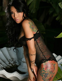 Perfect Alluring Vixen babe Yeonji teases in her lace corset outdoors with her perky breasts