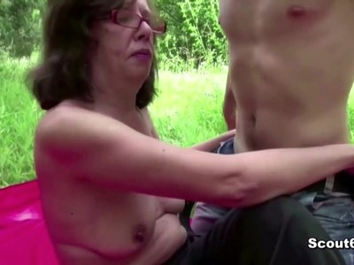 Young Boy Seduce 73yr old Grandma to Fuck Anal Outdoor