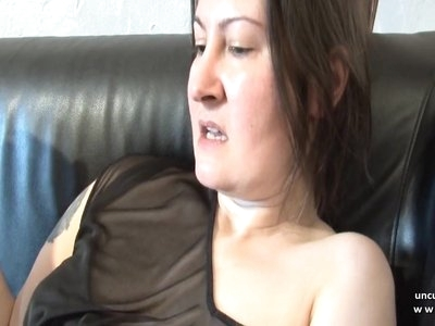 Amateur french milf cougard hard sodomized n jizzed on pussy