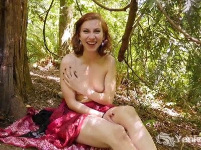 Yanks Redhead Anja Fingers Her Cunny