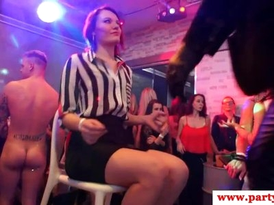 European amateur babes cockriding at sexparty