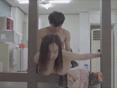 Hanna and Seo Won - Sex in Salon