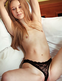 She likes to take her clothes off and have some fun in front of the camera as she keeps it hot all the way.