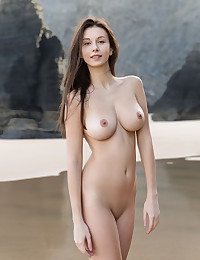 Free FEMJOY Gallery - ALISA I. - A Perfect Day - FEMJOY
