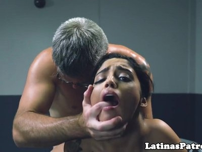 Latina immigrant pussyfucked by border patrol