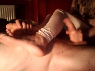 Handjob and her pretty soles