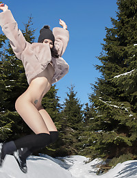 13 Mar 2018 - Frolicking In The Snow - 10:59 film - Lady Dee