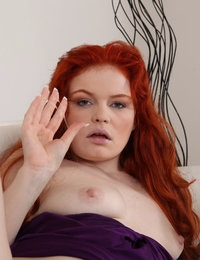 Babeurre is one hot redhead
