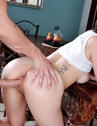 Hot Jade Nile gets licked and fingered then fucked