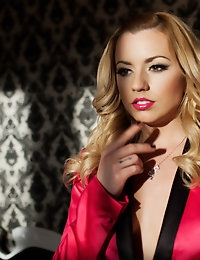 Lexi Belle in Majestic Cadillac Avenger