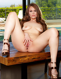 October treat Jenna Justice opens her legs wide and enjoys masturbating