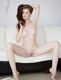 Dearve featuring Emily Bloom by Arkisi