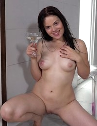 Stunning girl tastes her pee and dives in it