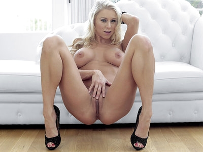 Blonder Real Estate Slut