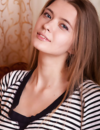 Xelina featuring Sigrid by Albert Varin