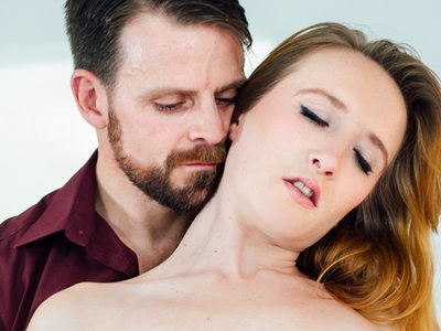 Natural redhead Sabrina takes Billy in her mouth & pussy