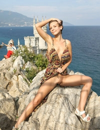 Great Cecelia posing naked and spreading her legs in public