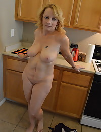 Mature busty girlfriend gets naked for her boyfriend while he takes pictures to share with us